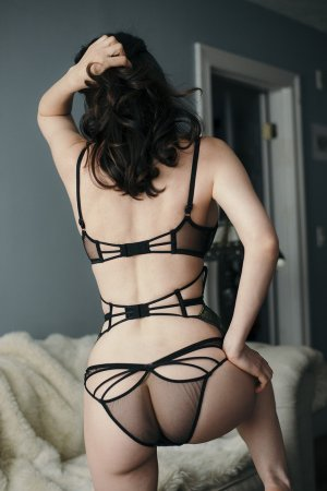 Seryne tantra massage in Astoria