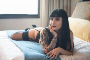 Clarysse tantra massage in Ramona California